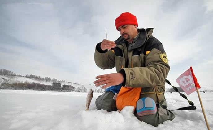 Ловля рыбы на мормышку со льда