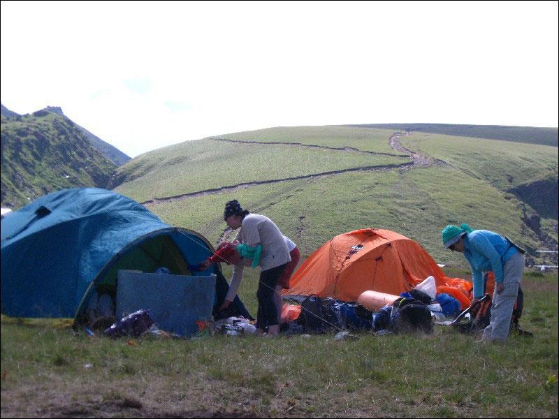 20. Вид на плато Ирахитсырт из альплагеря