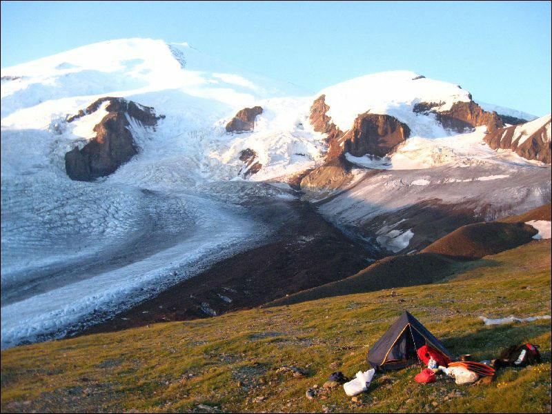 26. Лагерь перед перевалом утром