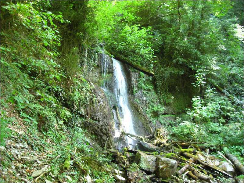 72. Водопады в долине реки Шахэ
