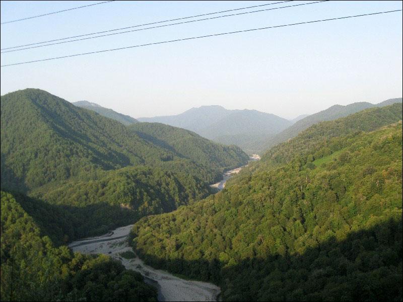 75. Вид на реку Шахэ с перевала Ноль